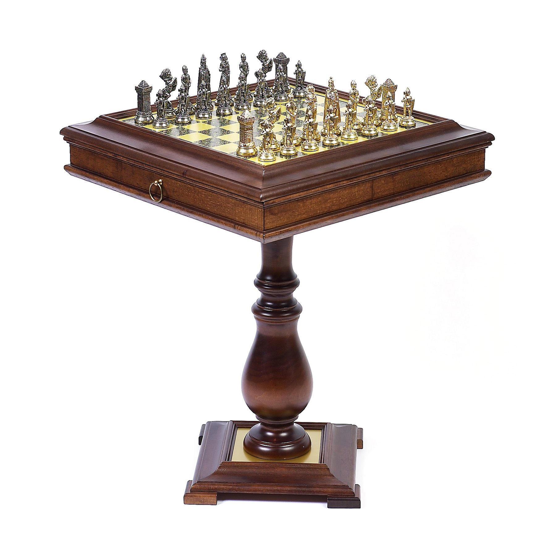 Merveilleux Victorian Metal Chess Set On Wormwood Table