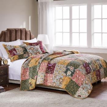 Greenland Home Fashions Antique Chic - Quilt Set Includes Bonus 16 in. Pillow
