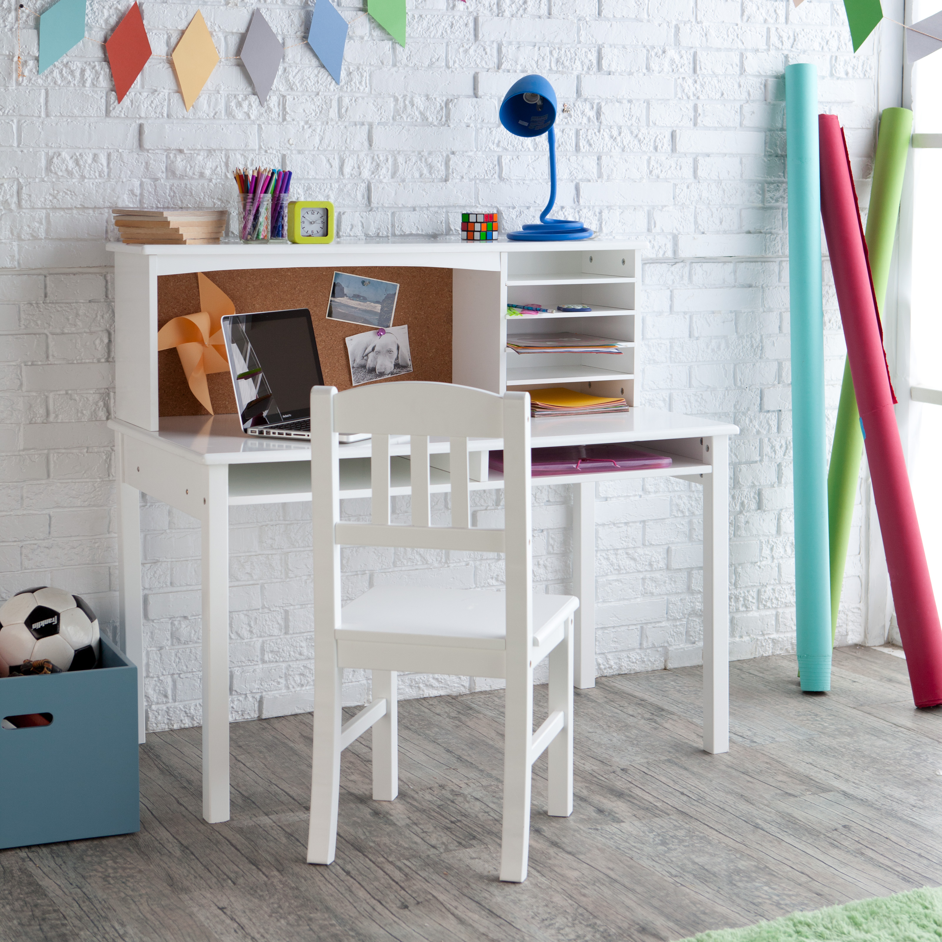 kids desks hayneedle rh hayneedle com Small White Desk for Small Bedroom White Desks for Girls