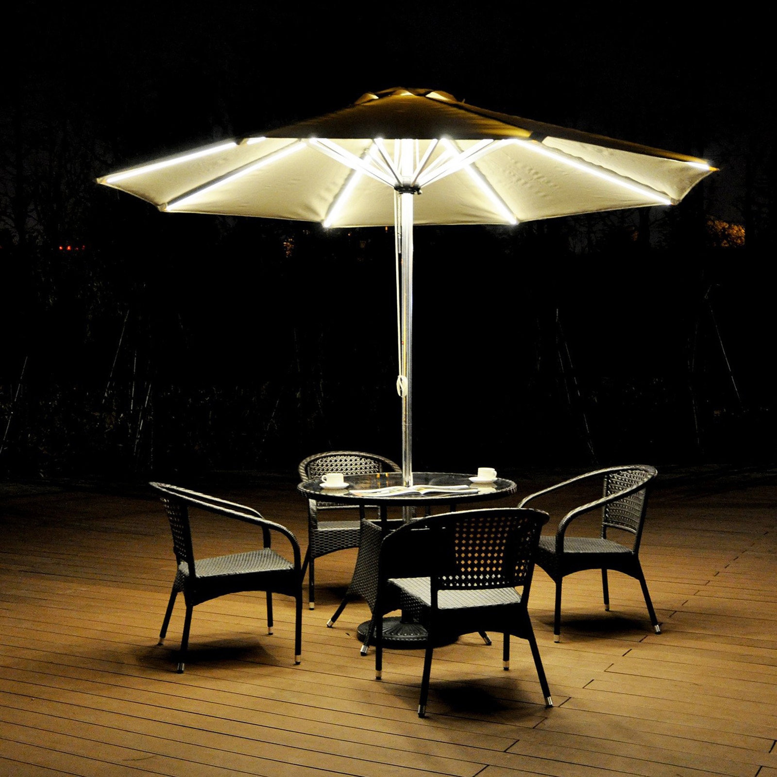 Aluminum Patio Umbrella With Integrated LED Lights