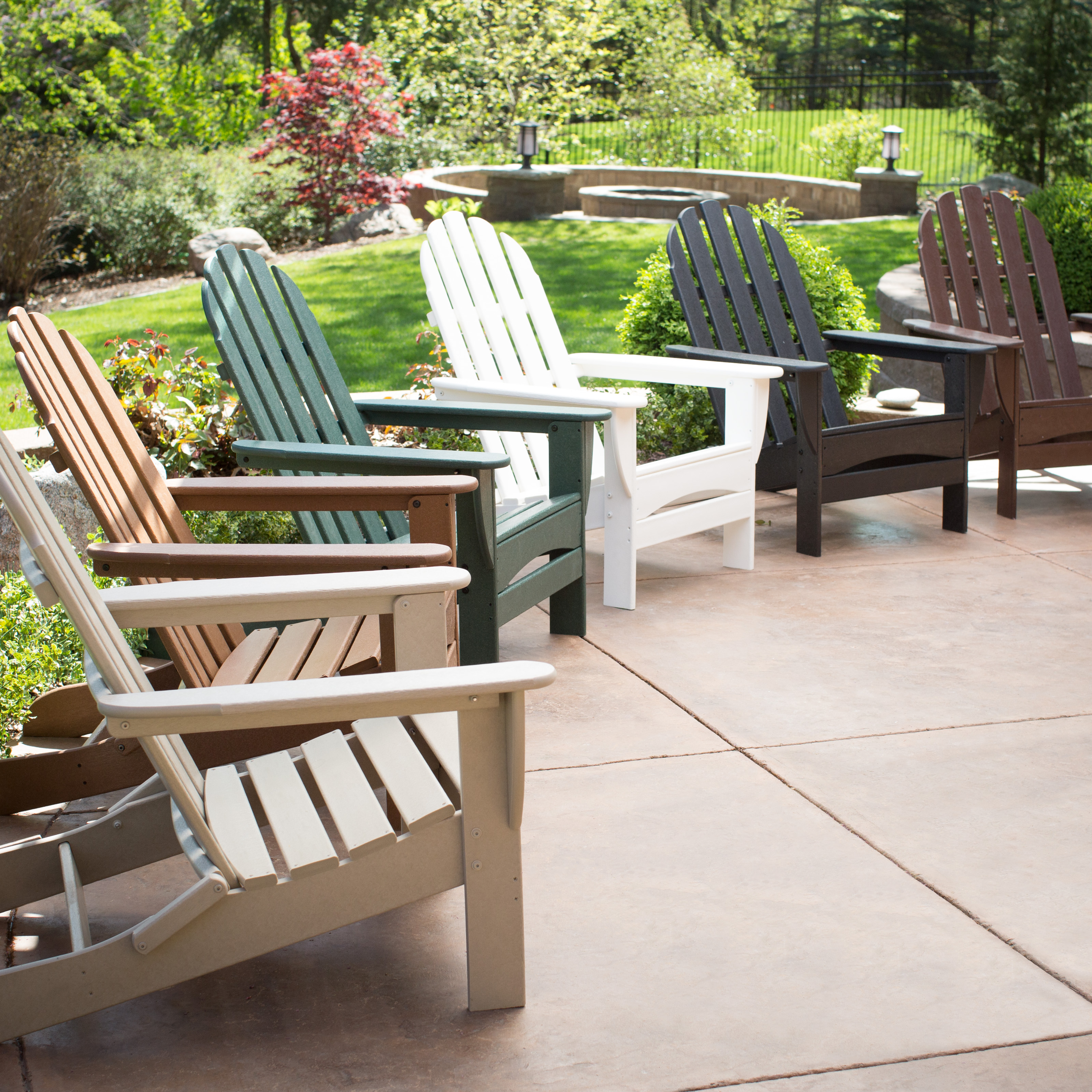 Genial POLYWOOD® Recycled Plastic Classic Curveback Adirondack Chair
