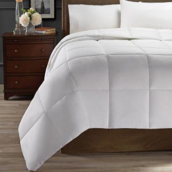 Light Warmth Down Alternative Comforter by Hotel Style